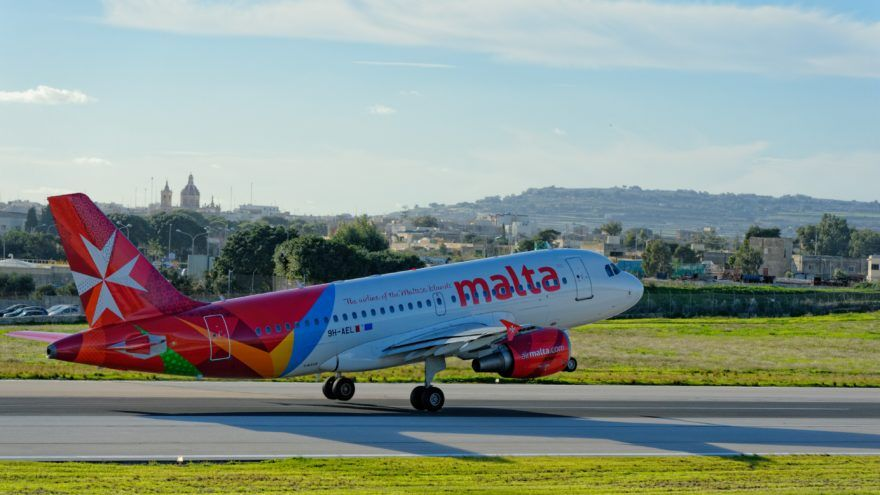 Air Malta sign with Evoke Systems for EFOS Leave Management Suite